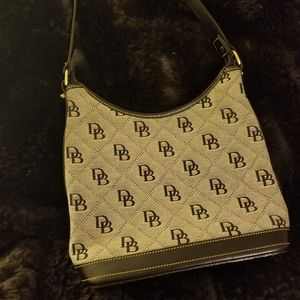 Dooney & Bourke Authentic bucket bag